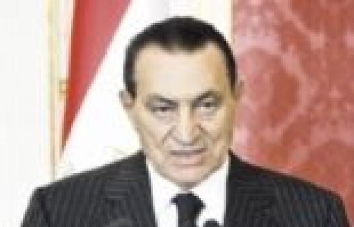 """نيابة الثورة: """"مبارك"""" و""""العادلي"""" اتفقا على استخدام الأسلحة ضد المتظاهرين"""