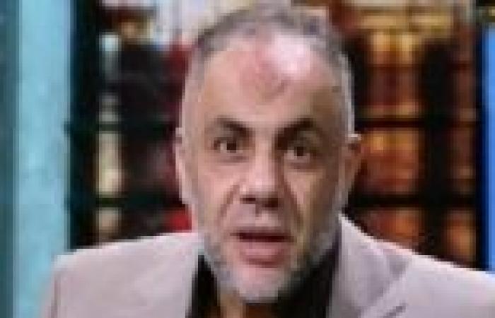خالد عبدالله يلقي خطبة الجمعة بمسجد سيجال بالغردقة