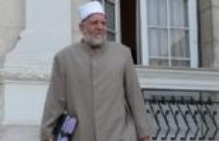 وزير الأوقاف يلقي خطبة الجمعة بالمجمع الإسلامي الكبير بالخارجة