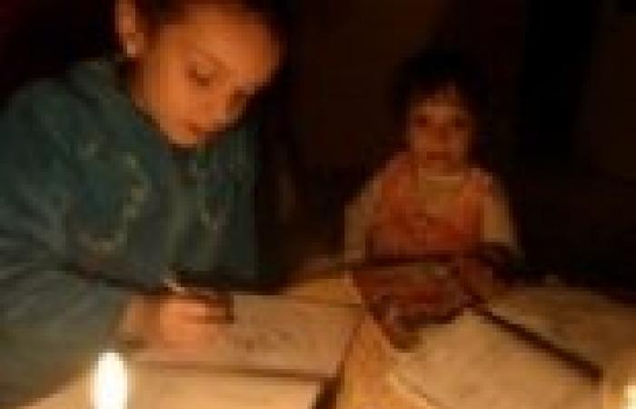 بعد انقطاع التيار المستمر.. أهالي الغربية يرفضون دفع فواتير الكهرباء