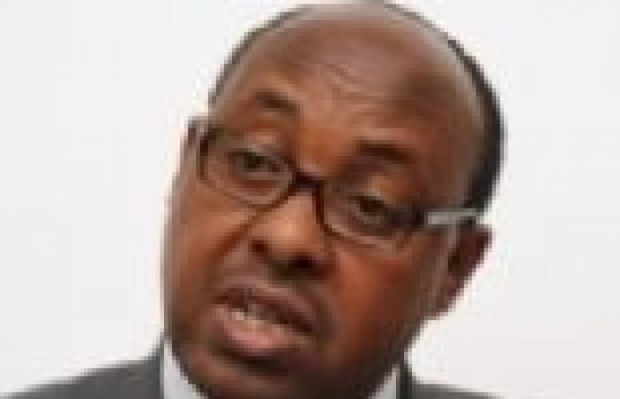 السفير الإثيوبي يرفض التعليق على المظاهرات التي تطالب بطرده