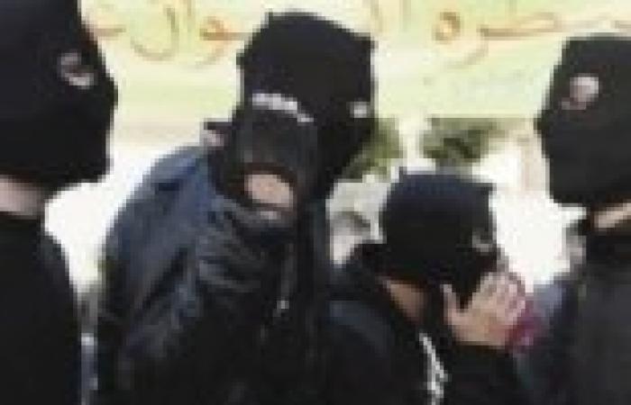 """عاجل  أعضاء """"بلاك بلوك"""" يقطعون طريق كورنيش النيل أمام """"سميراميس"""""""