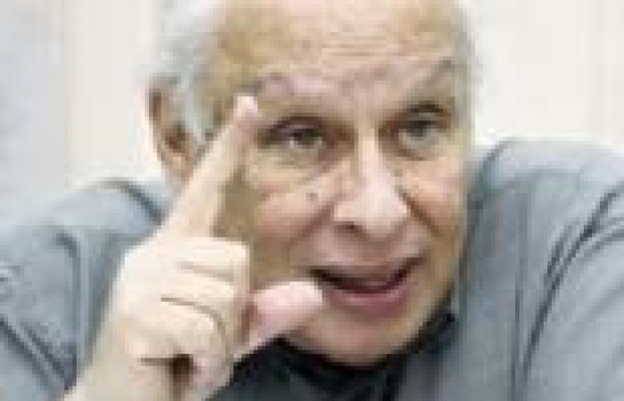 إسحق يتضامن مع عمال كابو المعتصمين ويهاجم سياسات الأزهري
