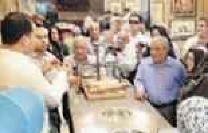 عودة السياح الإيرانيين تثير غضب الإسلاميين.. وسلفيون يهددون بمحاصرة «مقار الإخوان» لوقفها