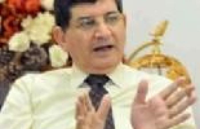 """عبدالعليم رئيسا للخدمات الأرضية وعبدالواحد رئيسا للصناعات المكملة في """"مصر للطيران"""""""