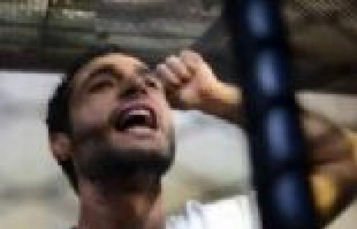 """غدا.. الحكم على """"دومة"""" في قضية إهانة الرئيس"""