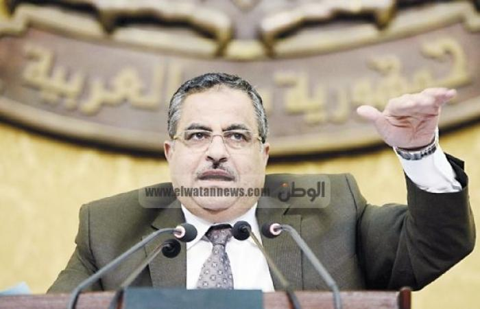 بروفايل: أحمد فهمى.. رئيس «مؤقت»