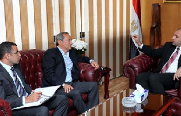 """وزير الاستثمار يلتقى سميح ساويرس للتعرف على توسعات """"أوراسكوم للفنادق"""""""