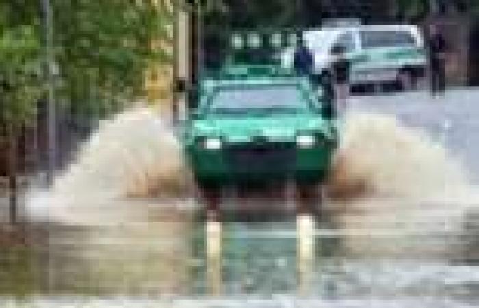 بالصور|  المياه تغرق شوارع المدن الألمانية بعد فيضان نهر الدانوب في بافاريا