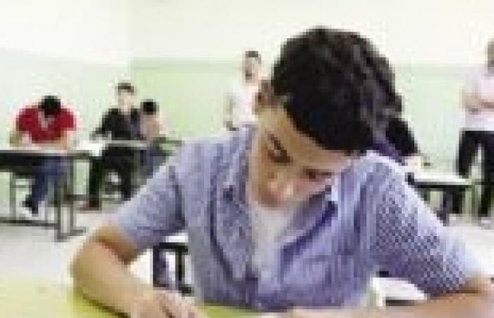 """الإسماعيلية تستعد للثانوية العامة.. ولجنة """"التعليم"""" تشيد بالاستراحات"""