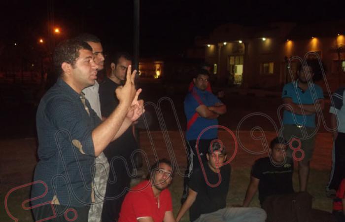 بالصور.. اعتصام طلاب المعاهد العليا ضد إدارة إعداد القادة