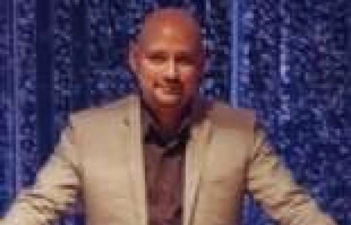 """""""محمد ناصف"""" يطرح مقطوعة موسيقية جديدة مستوحاة من رواية أحمد مراد """"الفيل الأزرق"""""""