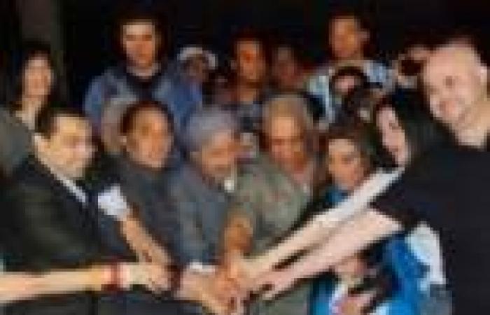 """نور الشريف يصور اليوم مسلسل """"خلف الله"""" في قرية الجابري بدهشور"""