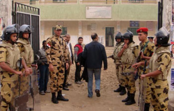 الجيش يكثف تواجده أمام لجان الثانوية العامة بالسويس