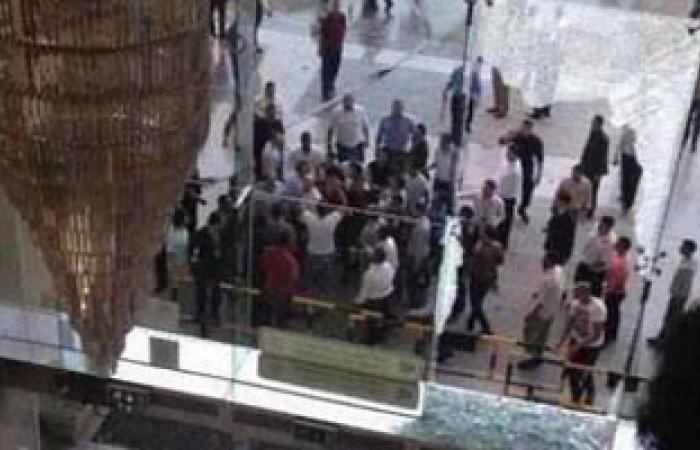 """عمال """"سبينس"""" يحشدون لوقفة أمام """"سيتى ستارز"""" ضد قرار الإغلاق"""