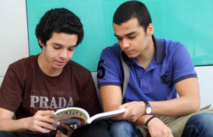 """أسئلة عن التطرف وأدب الحوار بمادة """"الدين"""" للثانوية العامة"""