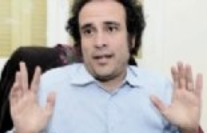 """عمرو حمزاوي: أتغيب عن اجتماع """"الإنقاذ"""" لتواجدي مع والديّ في ألمانيا"""