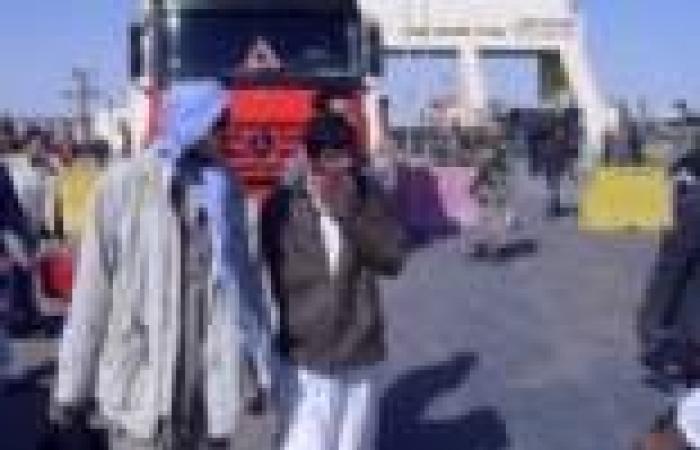توقف حركة السفر بين مصر وليبيا في الاتجاهين بعد اشتباكات أسفرت عن إصابة 7 مصريين