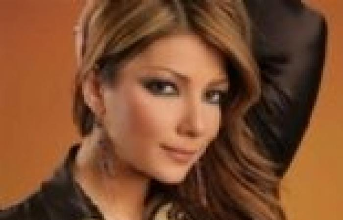 أصالة متهمة بالغيرة من مواطنتها فرح يوسف بعد تأييدها لأحمد جمال