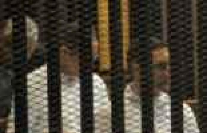 """غدا.. """"الجنايات"""" تواصل محاكمة نجلي مبارك في قضية """"التلاعب بالبورصة"""""""