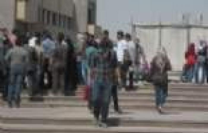 """أحد طلبة """"حلوان"""": أمن الجامعة أصابنا بالخرطوش.. ومتجهون إلى القسم بسبب محاضر قدمت ضدنا"""