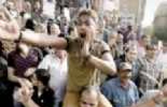 """وقفة احتجاجية أمام """"القضاء العالي"""" اعتراضًا على حفظ التحقيق فى قضية """"عصام عطا"""""""