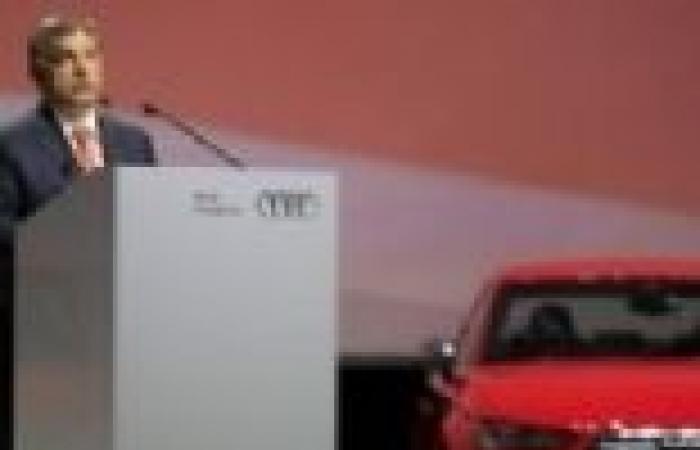 بالصور  رئيس الوزراء المجري يفتتح مصنع أودي للسيارات