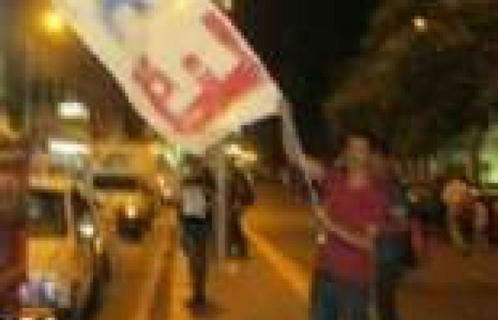 """الاعتداء على أعضاء بالتيار الشعبي أثناء عرض """"كاذبون باسم الدين"""""""