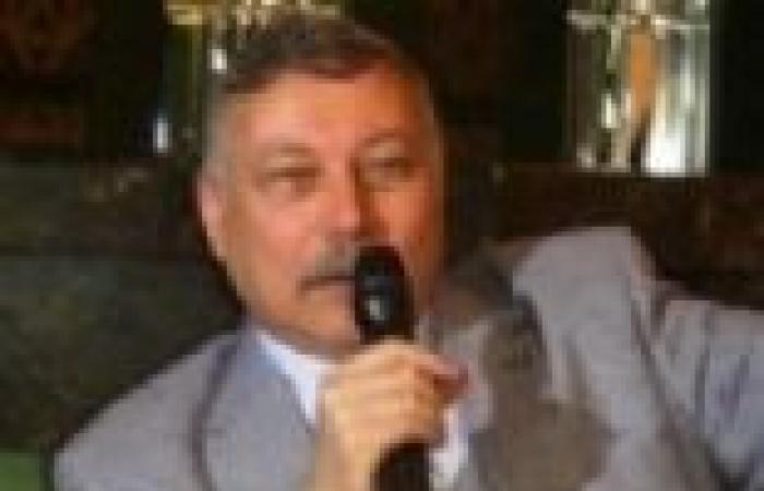 وزير التنمية الإدارية: تدريب القيادات الحكومية في إيطاليا على إدارة مؤسسات الدولة