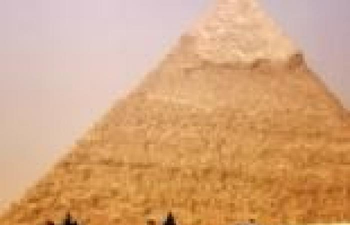 """لجنة من الآثار والسياحة والداخلية لحماية """"منطقة الأهرامات"""" التاريخية"""