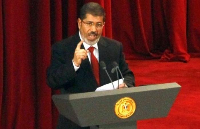 مرسي: قررنا قطع العلاقات مع سوريا .. ولا مجال لحزب الله فيها