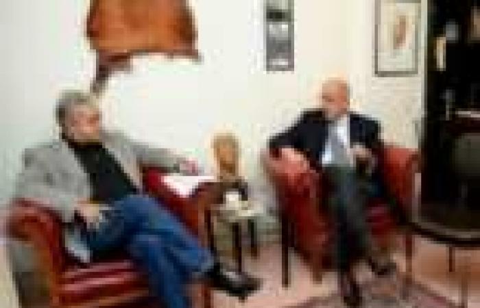 """البرادعي وصباحي في اجتماع مغلق مع """"تمرد"""" للتباحث حول """"ما بعد رحيل مرسي"""""""