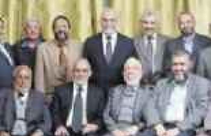 """شباب إخوان: """"العواجيز"""" اضروا بالجماعة وبمصر.. وتسببوا فى المطالبة برحيل """"مرسى"""""""