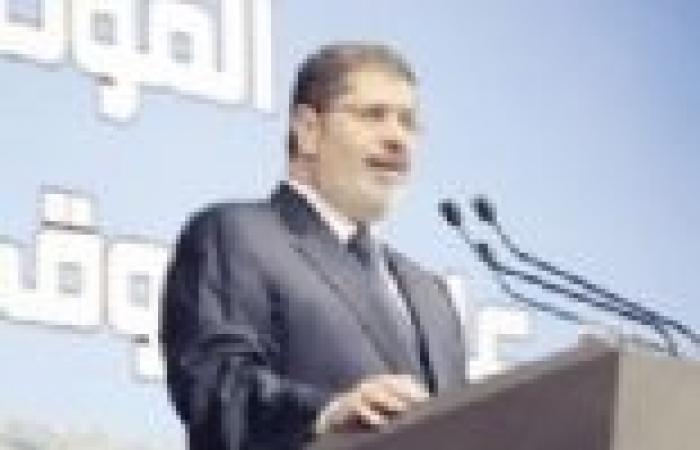 عاجل| مرسي يصدر قرارا بحركة المحافظين الجديدة تشمل 17 محافظة.. وأداء اليمين غدا