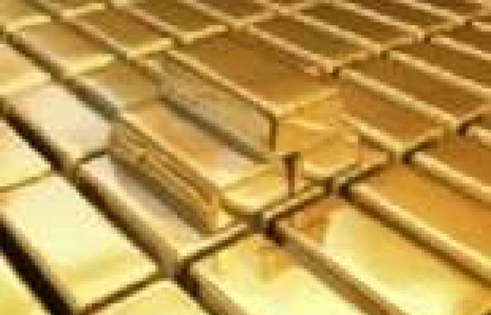 الجزائر تحظر على مواطنيها استيراد الذهب والفضة في تشريع جديد