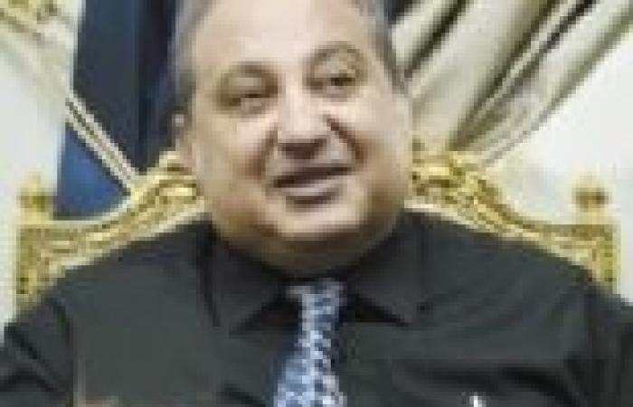 """رئيس «الكتب والوثائق» السابق: وزير الثقافة ينفذ مخططاً  لتدمير الدار.. وقرارته """"اعتباطية"""""""