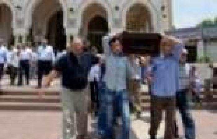 """سياسيون وإعلاميون في عزاء الإعلامي طارق حبيب بـ""""الحامدية الشاذلية"""""""