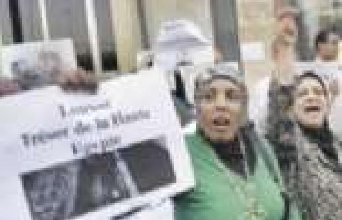 العاملون بالسياحة يتضامنون مع «الوزير المستقيل» ويهددون باللجوء لـ«اليونيسكو»