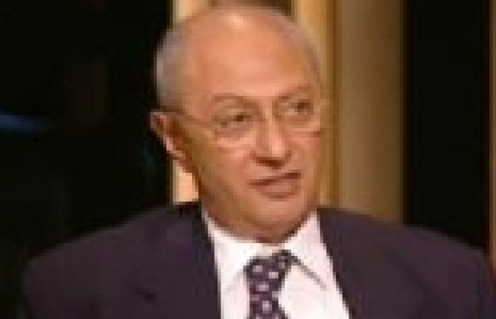 """هشام البسطويسي: دعوة الإسلاميين بالنزول يوم 30 يونيو تستفز الشعب.. ووقعت على """"تمرد"""""""