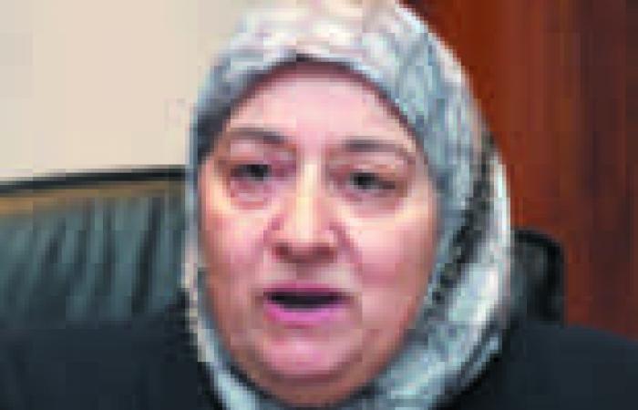 """وزيرة التأمينات تجتمع بـ""""أصحاب المعاشات"""" قبل بدء اعتصامهم غدا"""