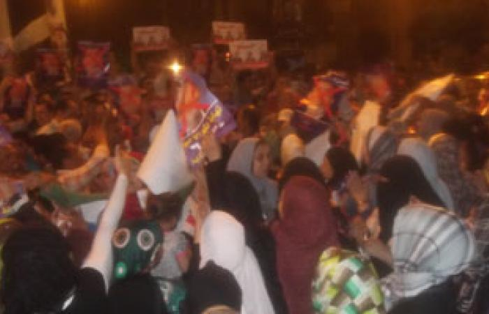 """ناشطة سياسية بالإسكندرية: خطاب """"مرسى"""" هو النزع الأخير"""