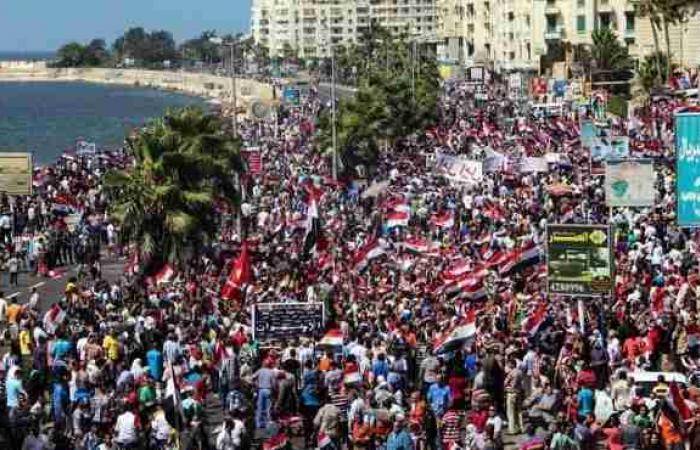 الصحة: 6 حالات إغماء بين متظاهري سيدي جابر بسبب تزايد الأعداد