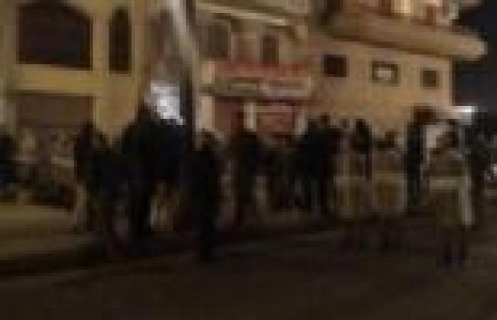 """الأمن يطارد أعضاء الإخوان في محيط مقر """"الحرية والعدالة"""" في شارع النميس بأسيوط"""