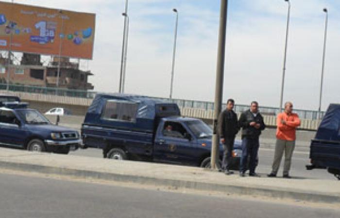 """الجيش يفتش السيارات بطريق """"بلبيس القاهرة الصحراوى"""" بحثا عن أسلحة"""
