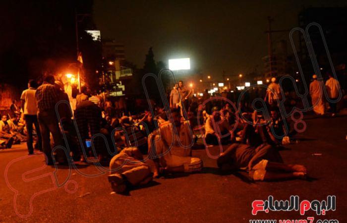 مؤيدو مرسى ينهون اعتصامهم فى شارع صلاح سالم ويعودون إلى رابعة
