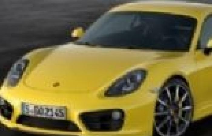 """""""بورش"""" تسلم أكثر من 81 ألف سيارة رياضية للعملاء في النصف الأول من 2013"""