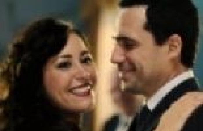 """الحلقة (13) من """"نيران صديقة"""": مدحت يستغل نفوذه ليطلِّق أميرة من طارق"""