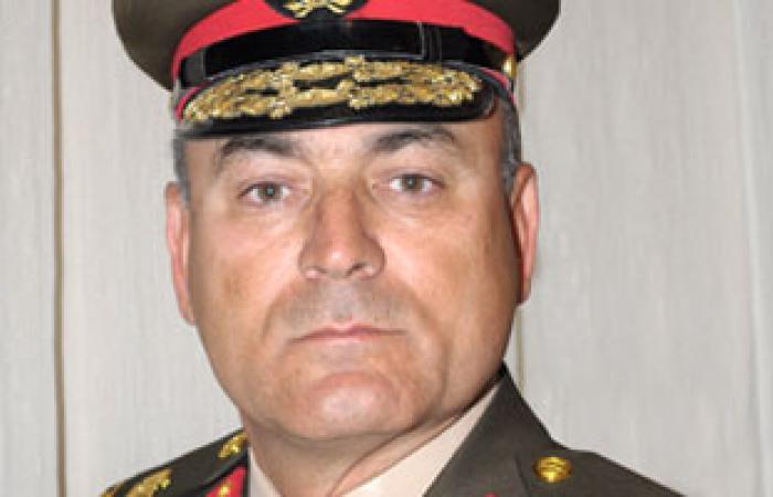 قائد الجيش الثالث يتفقد شوارع السويس وقوات التأمين