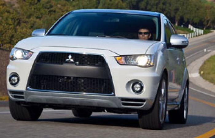 """""""ميتسوبيشى موتورز"""" تستدعى 650 ألف سيارة صغيرة فى اليابان"""