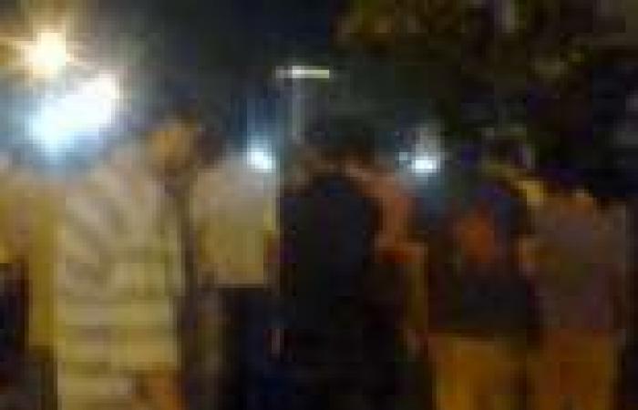 """اللجان الشعبية تكثف عناصرها لتأمين ميدان """"الساعة"""" في دمياط.. واستكمال نصب خيام الاعتصام"""